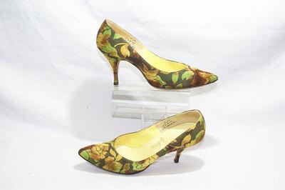 Ladies pumps. Designer Palter De Liso.