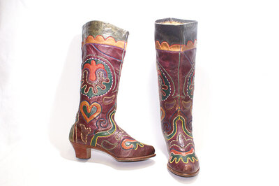 Ladies boots 'Ichigi'. Tatar style fashion boots.