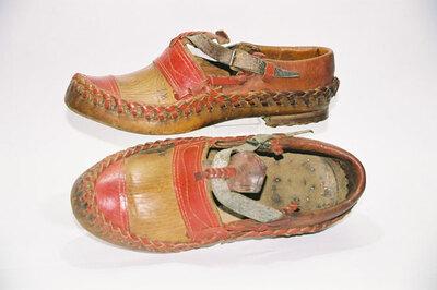 Opanke style farmer's sandal.