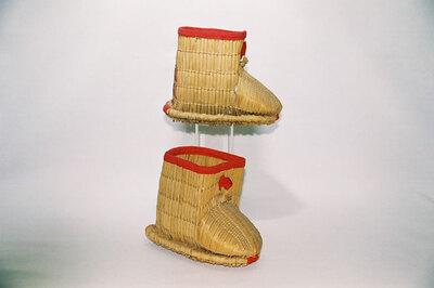 Child's snow boots; 'Fukagutsu'.