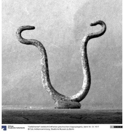 Gefäßhenkel (vielleicht Griff eines griechischen Klappspiegels)