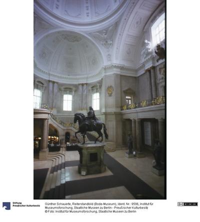 Reiterstandbild (Bode-Museum)