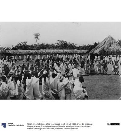 Tanzfest beim Sultan Kahigi von Kjausa