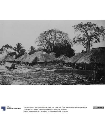 Fischerdorf auf der Insel Demba