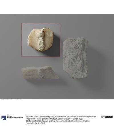 Fragment vom Sockel einer Statuette