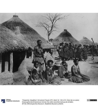 Waganda- Häuptling mit seinen Frauen (OT)