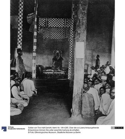 Sultan von Toro hält Gericht