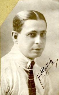 portrét herca, neznámy herec, nečitateľný monogram