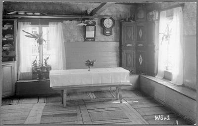 Interiör från Verner Israels stuga i  ...