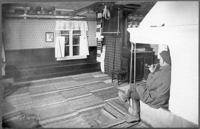 Interiör från Verner Brams stuga i  ...