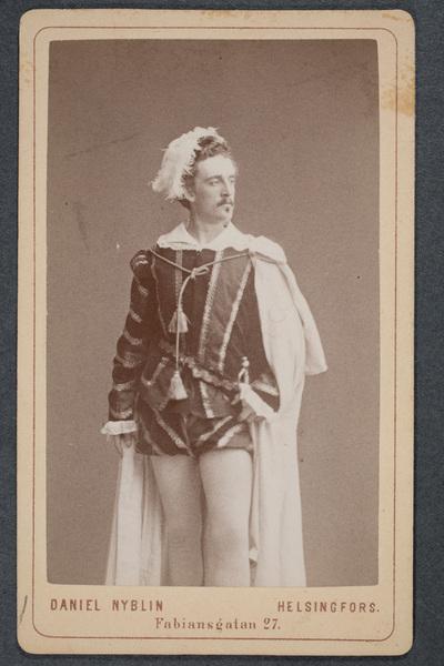 Bruno Holm (1852-1881), operasångare, i titelrollen  ...