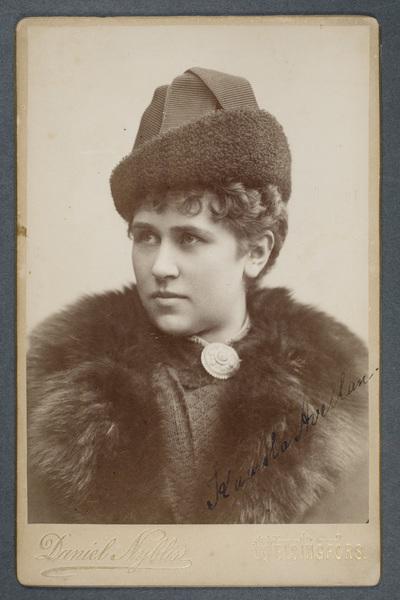 Kaarola Avellan (1853-1930), finländsk skådespelare och pedagog.