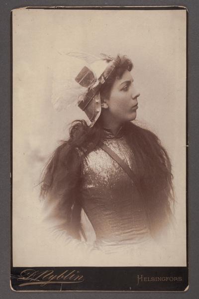 Anna Loenbom (1867-1954), skådespelare, troligtvis i  ...