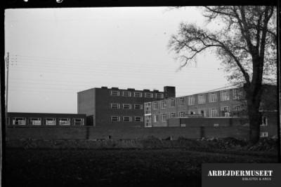 Vilhelm Lauritzens byggeri, Gladsaxe Skole, 1936/1937
