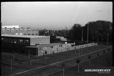 Vilhelm Lauritzens byggeri, Gladsaxe Skole, 1936/1937, set udefra