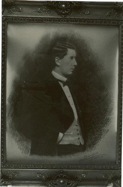 August(e) Blanckart (1878-1952), portretfoto Barthels, 1922, met potlood bijgewerkt.