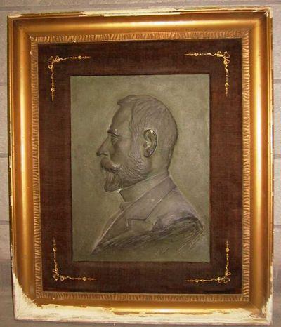 Jan Joseph Van Brabant (1871-1941), buste van man met baard in profiel, gips, bas-reliëf.