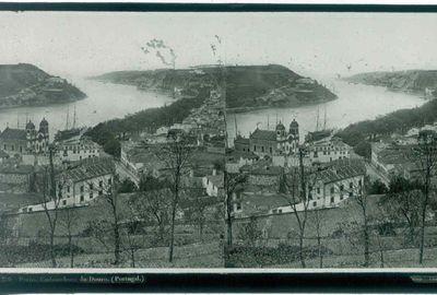 Ferrier p.f. & Soulier, J. Lévy Sr., stereokaart met foto van de uitmonding van de Portugese rivier Douro, s.d., glas.