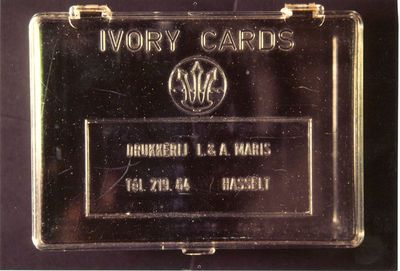L. & A. Maris, doosje om naamkaartjes te bewaren, s.d., plastic.
