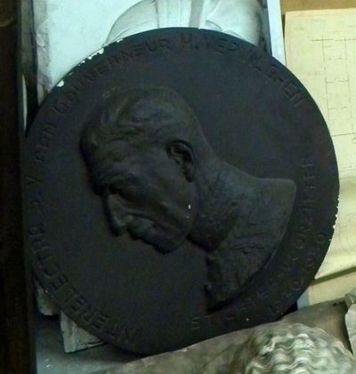 Raf Mailleux (1916-1996), plaquette met afbeelding van Gouverneur Verwilghen (1883-1955), s.d., bronskleurig, gips.