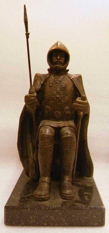 Gerard Moonen (1953), beeldhouwer, Emile Voeten, vervaardiger, genummerd beeldje van De Langeman nr. 60/100, 1993, brons, gepolijst arduin.