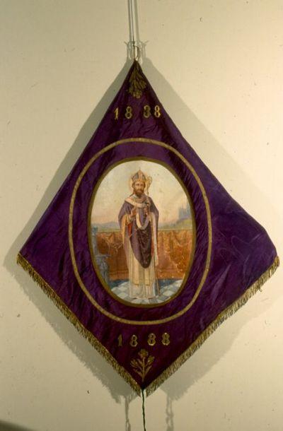 Djef Anten (1851-1913), vaandel van de Maatschappij Sint-Elooi 1838-1888, 1888, zijde, satijn, borduurwerk.