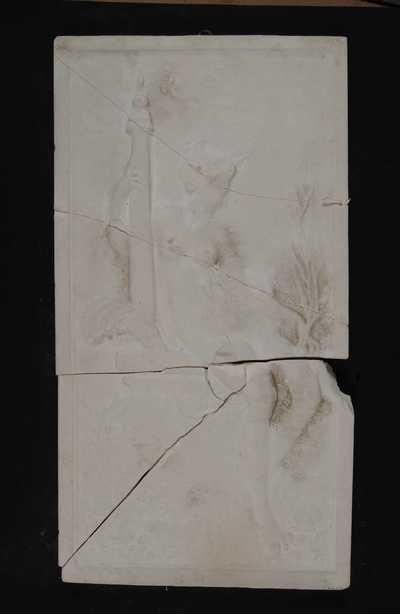 Manufacture de Céramiques Décoratives de Hasselt (1895-1954), model voor tegelpaneel met renaissance voorstelling van een zittende nimf langs een zuil, s.d., gips.