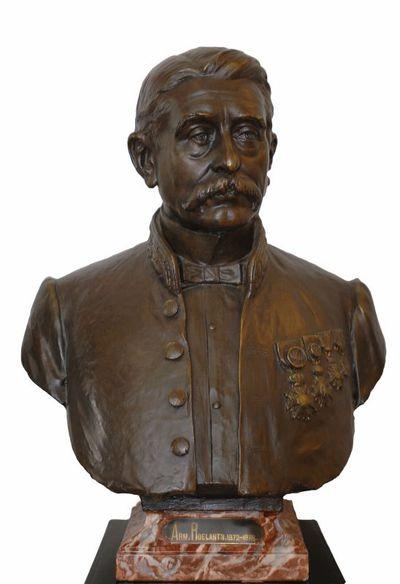Emile Cantillon (1859-1917), Borstbeeld van Armand Roelants (1835-1890), burgemeester van de stad Hasselt van 1872 tot 1875, ca. 1905, gips, gegoten.