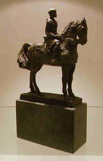 Marc Cox (°1944), Ruiterbeeld Arnold IV, graaf van Loon, genummerd 62/100, verkleinde versie van beeld op Fruitmarkt, s.d., brons.