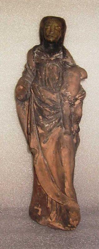 Anoniem, beeld van Madonna met Kind, 18e eeuw, terracotta, sporen van glazuur.