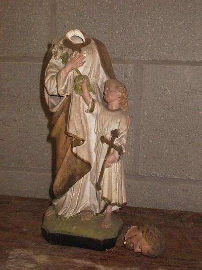 Anoniem, Beeld van Sint-Jozef met kind, s.d., geverfd gips.