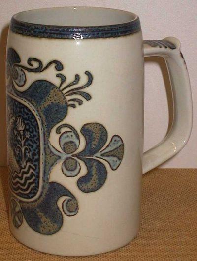Anoniem, bierpul met oor, relatiegeschenk, s.d., keramiek.