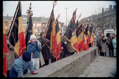 Fotografie: Gedenken an die Gefallenen der Ardennenoffensive in Bastogne, Belgien