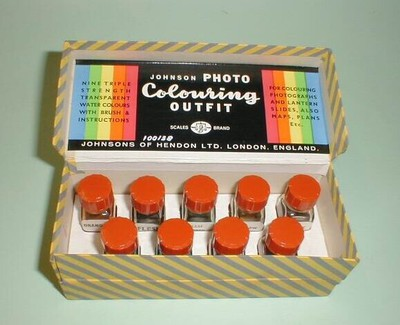 Johnson Photo Colouring Outfit
