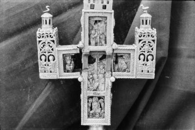 Altar cross from the Church of St Constantine and St Helena