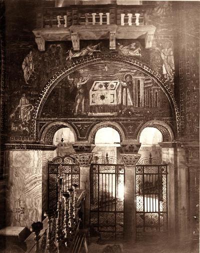 Ravenna, Basilica di San Vitale, Parete sinistra del presbiterio (prima della rimozione delle cantorie)