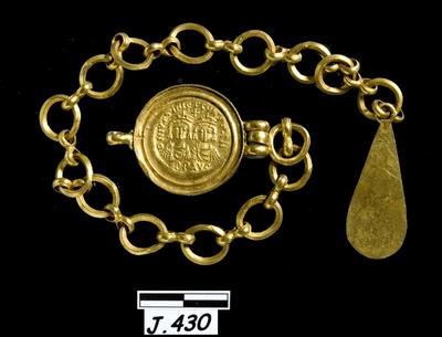 Department of Antiquities Republic of Cyprus: Gold chain (J. 430) (Lambousa, Λάμπουσα -Lapithos)