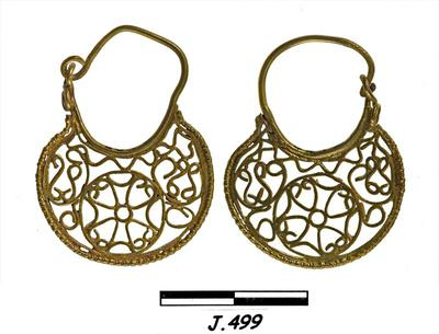 Department of Antiquities Republic of Cyprus: Pair of gold earrings (J.499)