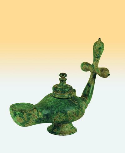 Μουσείο Ιεράς Μονής Κύκκου (Κύπρος): Ορειχάλκινος λύχνος του οποίου η λαβή κοσμείται με σταγονόσχημο σταυρό (Δ 251)
