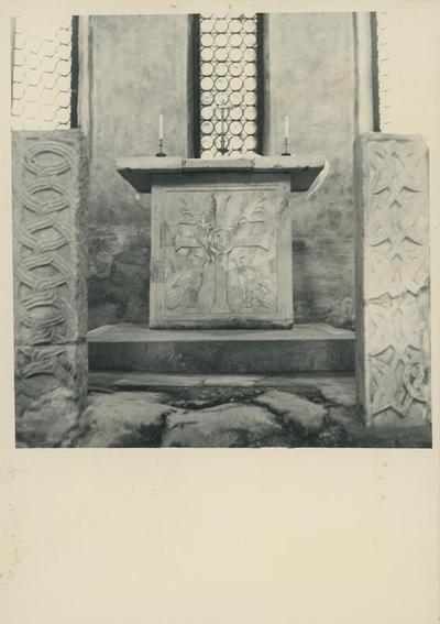 Grado: Battistero. Altare