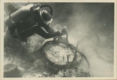 Relitto di Marzamemi. Agganciamenti di base di colonna nell'agolo NO (foto Kapitän)