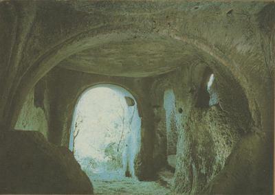 Matera: cripta rupestre