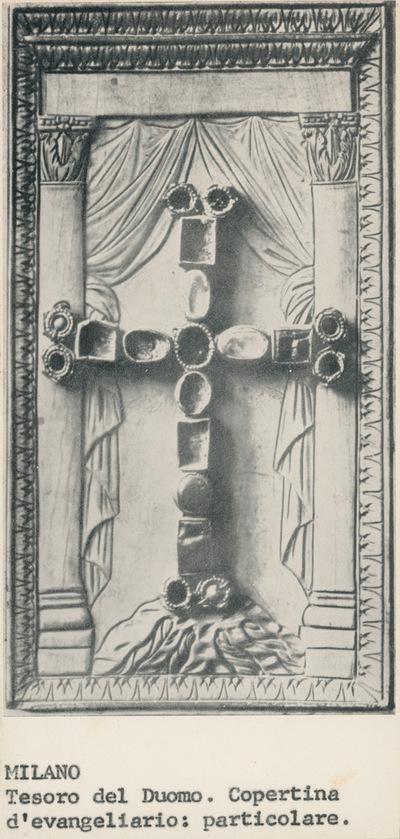 Milano. Tesoro del Duomo. Copertina dell'evangeliario: particolare