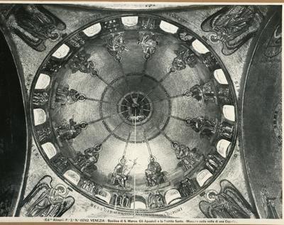 Venezia. Basilica di S. Marco. Gli Apostoli e lo Spirito Santo (mosaico della volta della cupola)