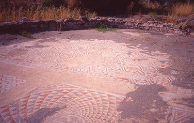 Crete, Gortys, Triconch of Mitropolis, mosaic with hexagons