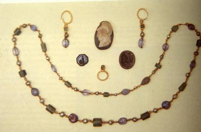Jewels (earrings, necklace, ring, cameo, intaglios) belonging to the Carthage treasure, British Museum, London
