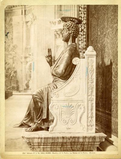 (Ed.ne Alinari) P.e I.a N.o 5952. Roma - Basilica di S. Pietro. La Statua di S. Pietro (Bronzo)