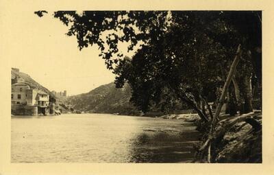 Toledo - Vista del río Tajo y la Casa del Diamantista.-.