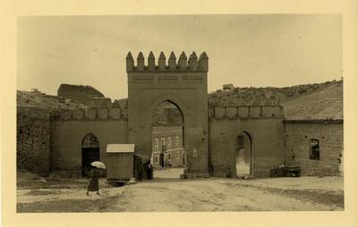 Toledo - Puerta de Arbitrios.-.