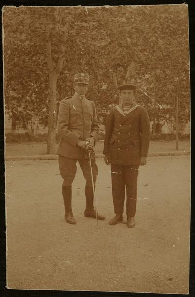 Two servicepersons | Due militari